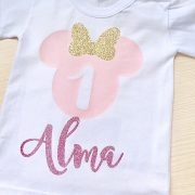 Camiseta cumpleaños Minnie purpurina rosa claro